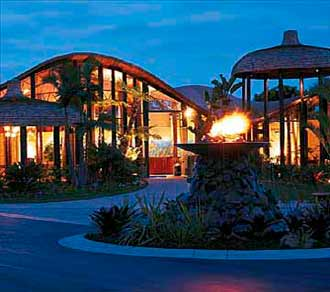 Front Entrance at the Paradise Point Resort